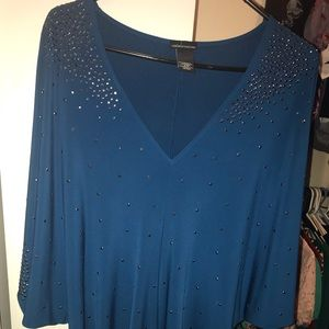 Great party dress- great color and comfortable